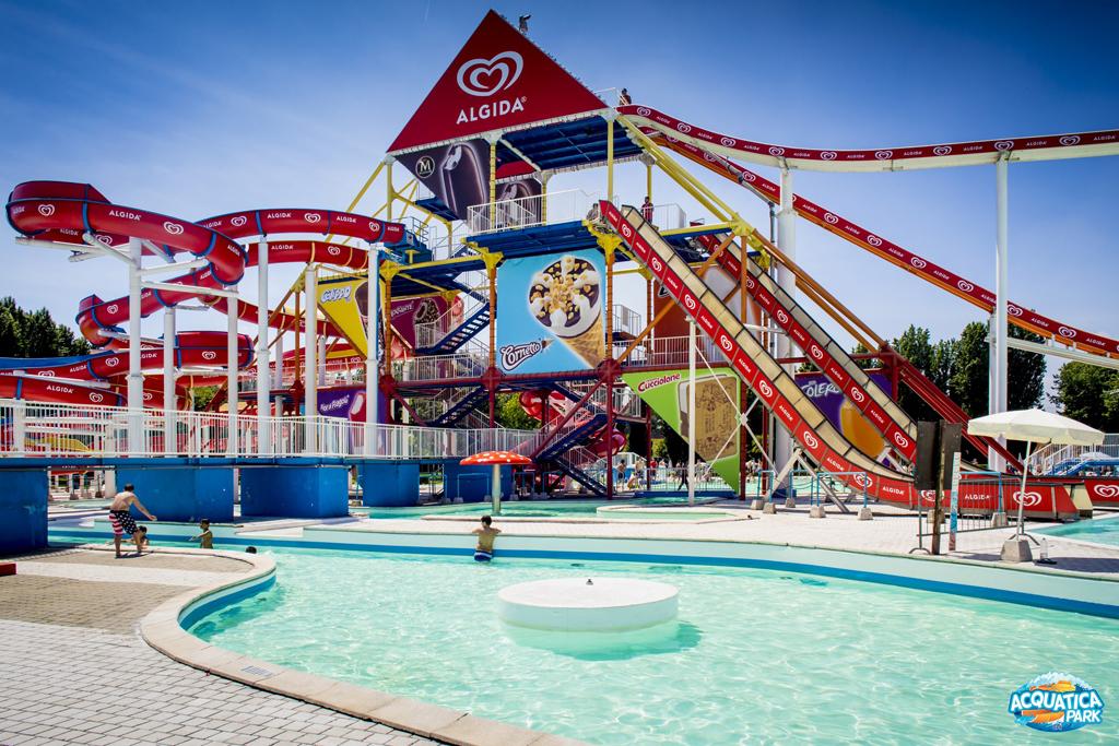 Acquatica park mondoparchi tanto divertimento gratis tutto l 39 anno per tutta la famiglia - Piscina acquatica park ...
